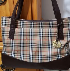 🧡 FINAL SALE  💜 Burberry Tote Bag